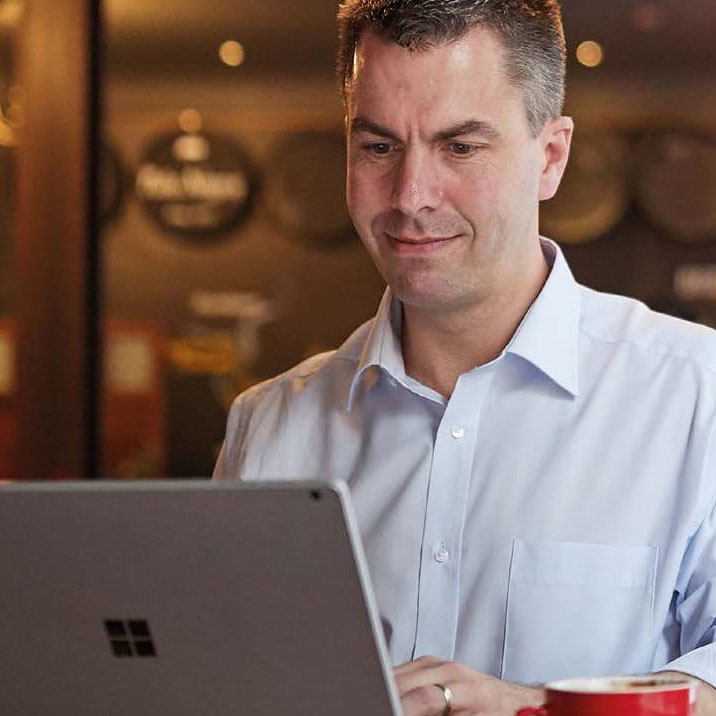 How can using an IT equipment reseller benefit your business?